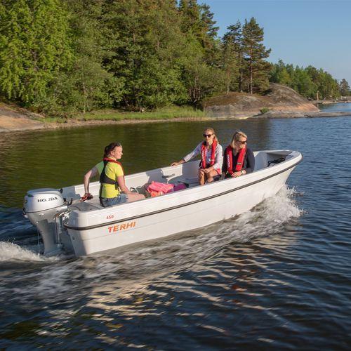 ботик c подвесным мотором / открытый / для спортивной рыбалки / макс. 5 человек
