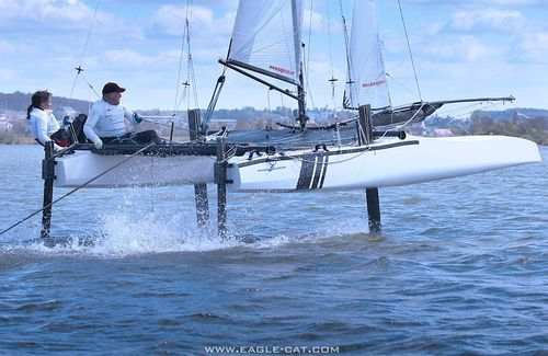 спортивный катамаран на подводных крыльях / для прибрежного рейда / двойной / двойная трапеция