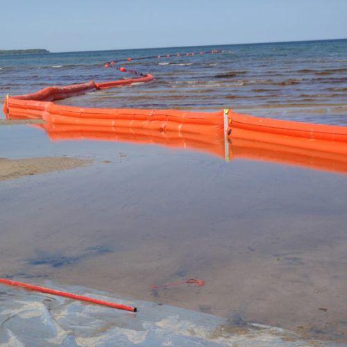 заграждение против загрязнений / плавучее / для рек / для зоны с приливами и отливами