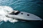 Быстроходный катер с внутренним мотором / оффшорный / макс. 12 человек / 3 спальных места 1501 Performance Marine