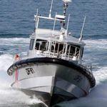 катер береговой охраны / c подвесным мотором