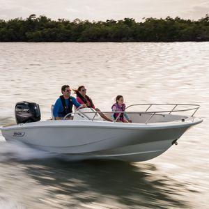 открытый катер c подвесным мотором / открытый / с боковой консолью / для водных лыж