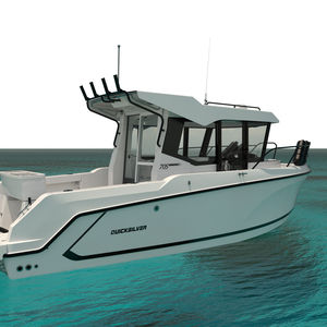 рыболовно-круизное судно c подвесным мотором