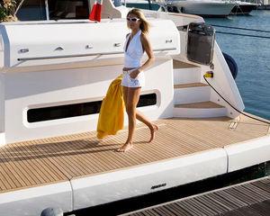 платформа для катера