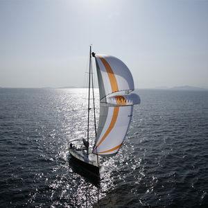 несущий парус / для круизного парусного судна / для традиционного парусника / для парусной супер-яхты
