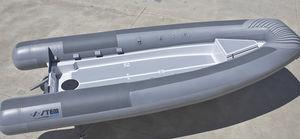 военный катер / катер береговой охраны / рабочее судно / пассажирское судно