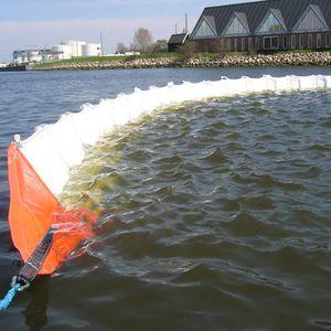 заграждение против загрязнений / плавучее / для спокойной воды