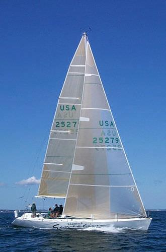 грот / передний парус / для яхты, участвующей в регате