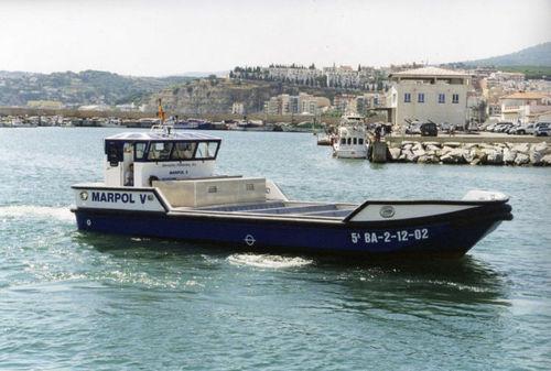 судно против загрязнения / с внутренним мотором