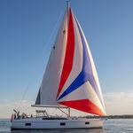 круизная парусная яхта