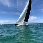 парусник спортивная килевая яхта