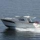 прогулочный катер с каютой с внутренним мотором / корпус глиссирующего типа / хардтоп / макс. 8 человек