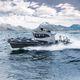 надувная лодка c подвесным мотором / с внутренним мотором / двухмоторная / трехмоторная